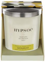 Hypsoé scented candles presented in a white frosted glass with a brushed aluminium lid. Cardboard box with the Hypsoé colors (yellow, black, ping, grey) Frangrance : srinagar